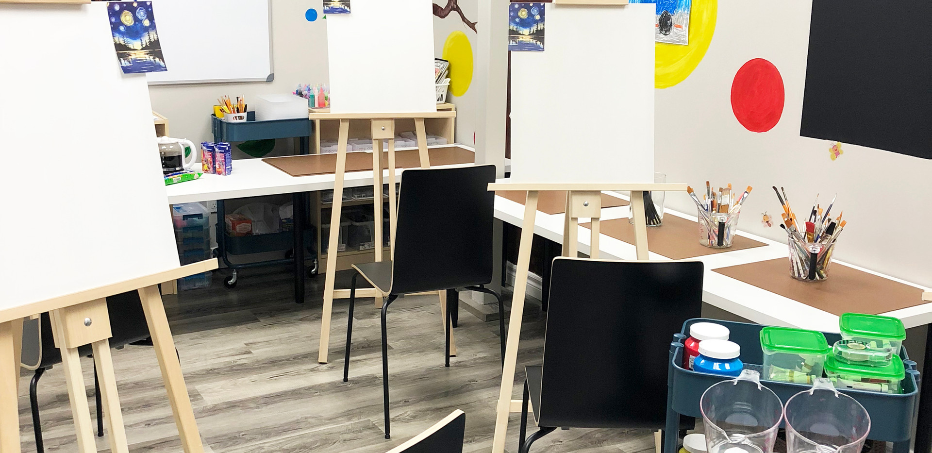 Classroom1-Adult Painting Setting