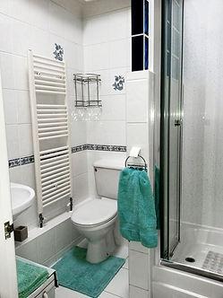 14_Shower room HA Ob.jpg