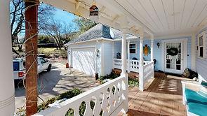 The-Farmhouse-Vacation-Rental-Kitchen(2)