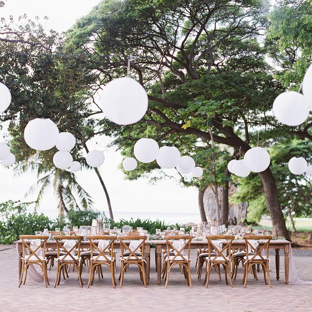 White lanterns at Maui wedding venue Olowalu Plantation House