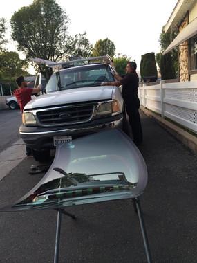 auto glass repair near glendale.jpg