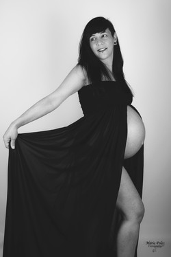Embarazo Estudio B&N