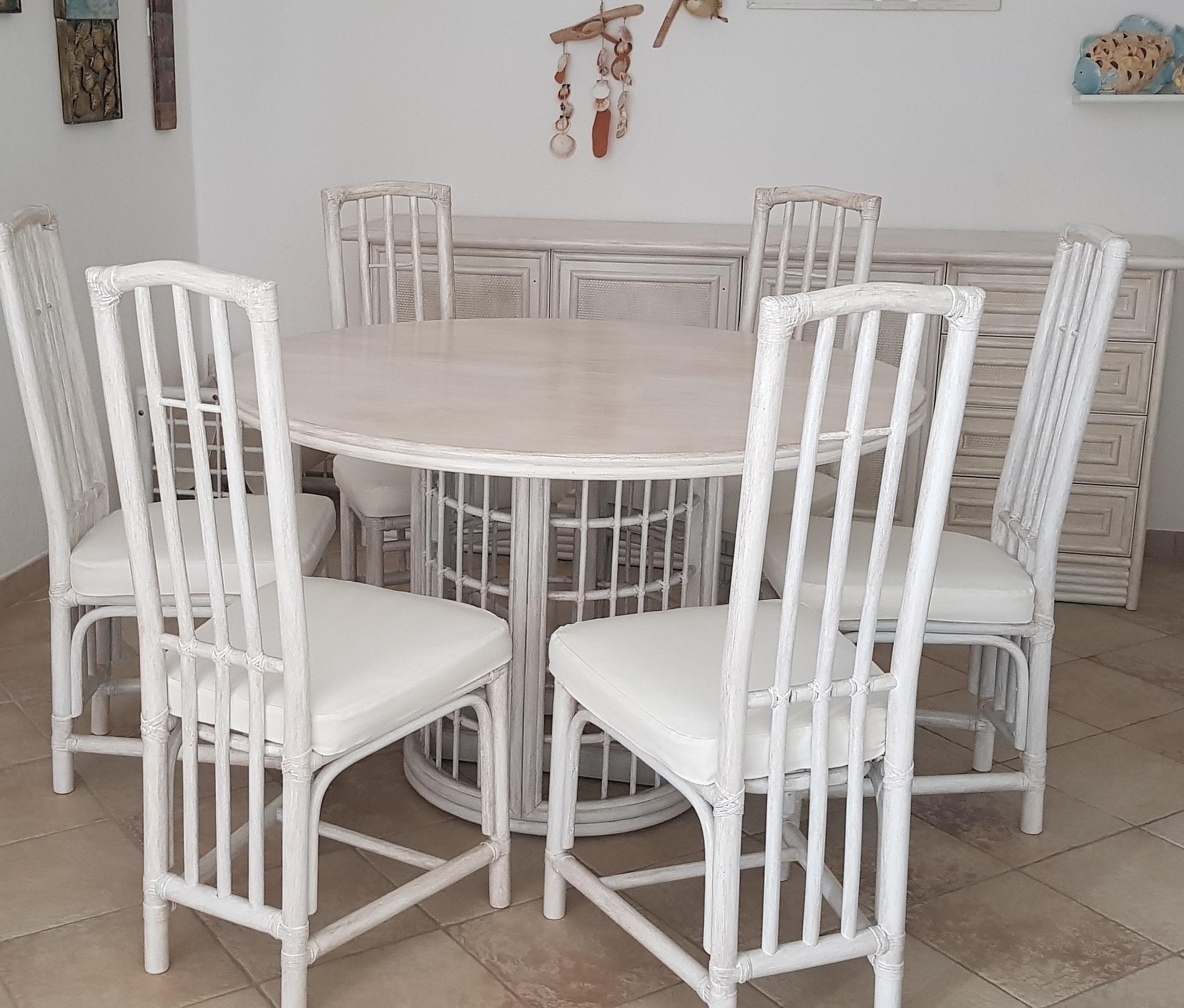 Tavolo in rattan