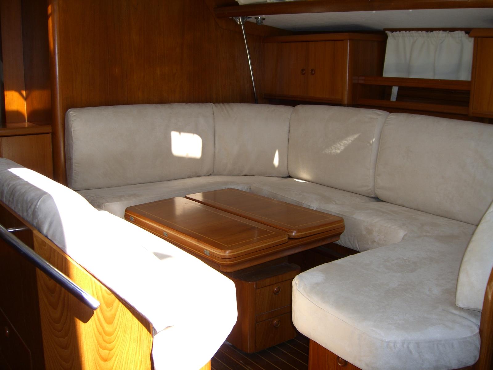 Sedute interne barca a vela