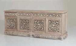 credenza in legno bianca intarsiata 4 ante