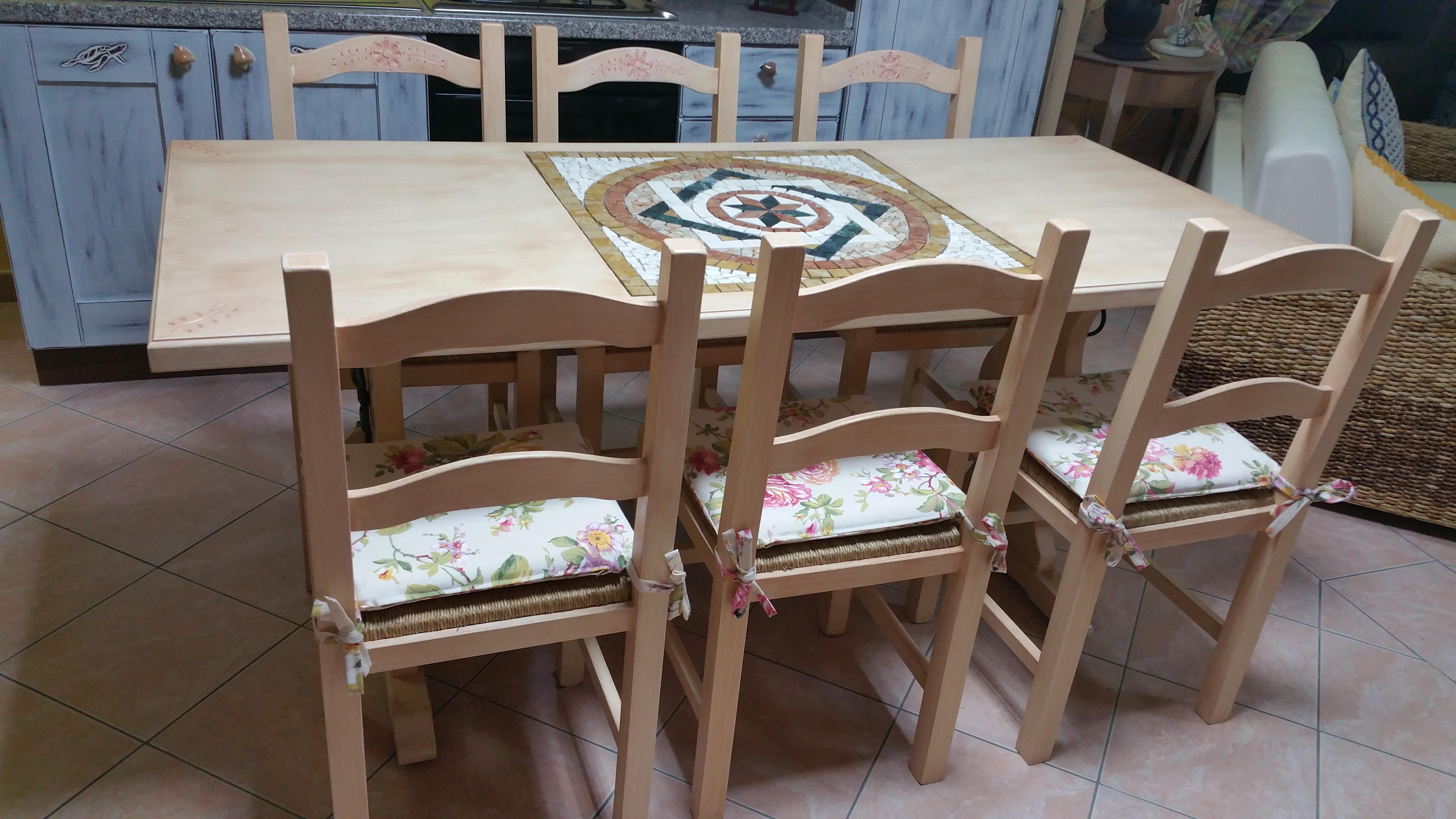 Tavolo legno Rosone Centro