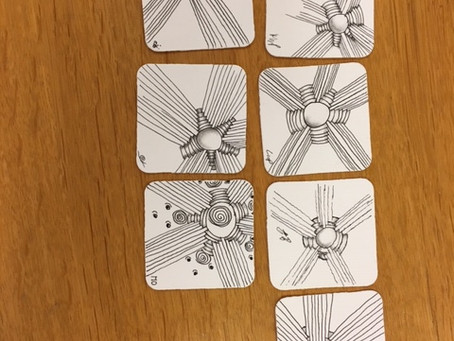 Bilder aus einem Zentangle-Basiskurs