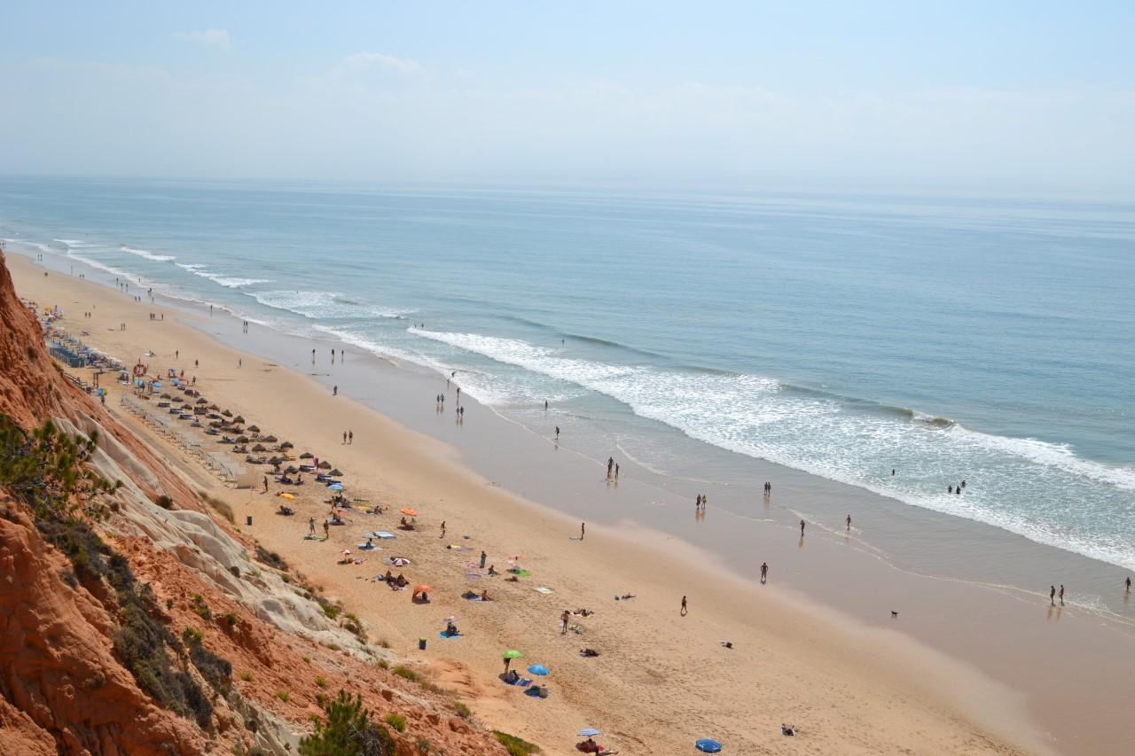 thumbnail_Foto_Praia_Falésia