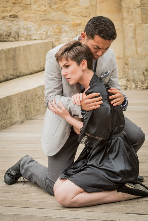 Don Ottavio (Benjamin Durrant) and Donna Anna