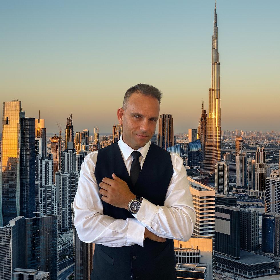 Gosi in Dubai.jpg