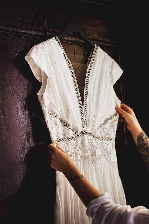 Photo robe accrochée portant.jpg