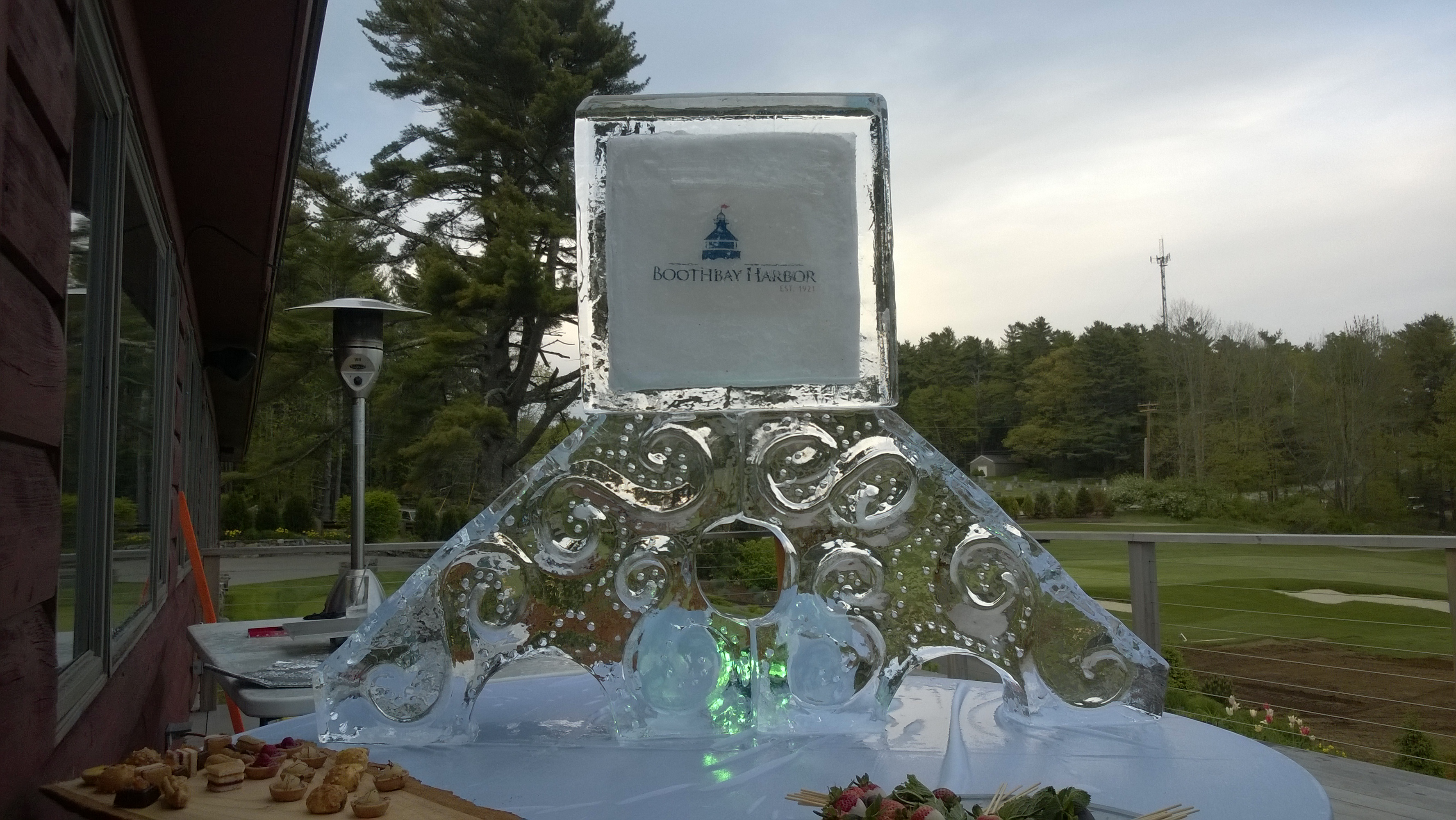 SubZero Ice Carvings Logo1