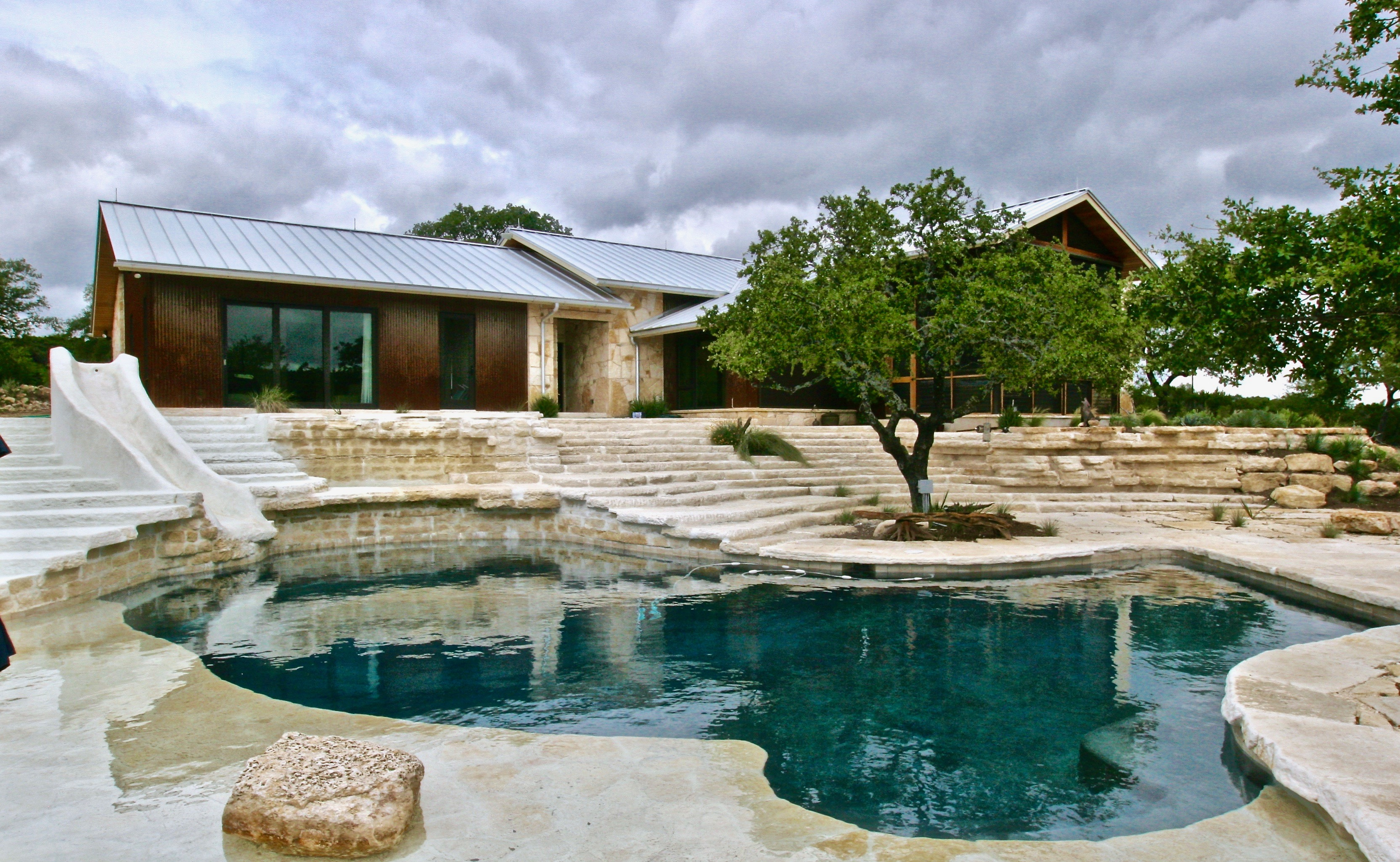 OliverCustomHomes Hamilton Pool Home