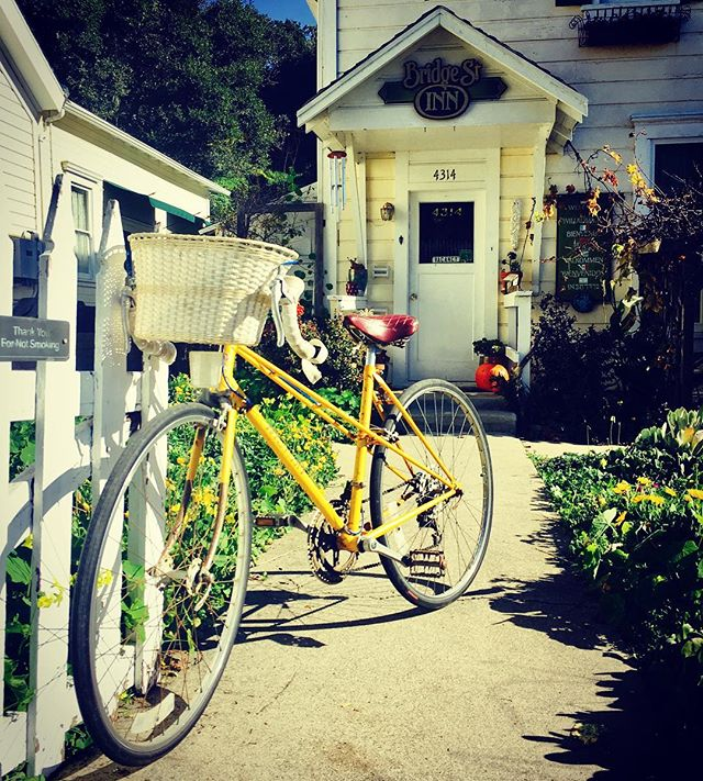 #bridgestreetinn #bicycle #sunshine #cambria #california #airbnb