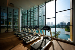 Z Residence - Gym Overlooking Pool