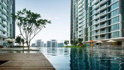 Z Residence - Pool View