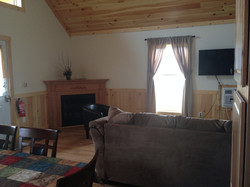 Cabin 2 LR - view 2