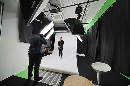 photo studio hanatics.jpg