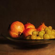 Granadas con uvas blancas