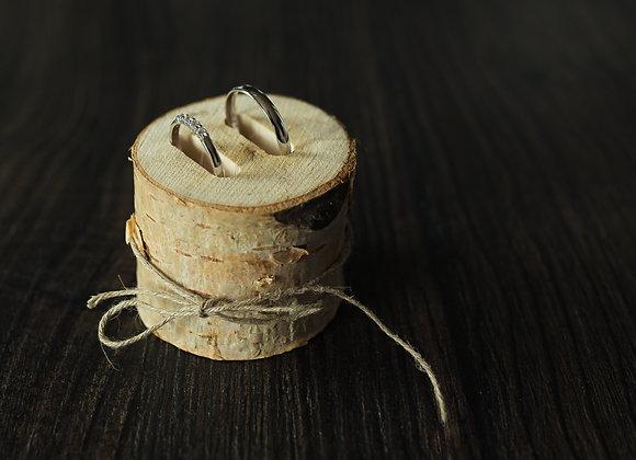 Dřevěný držák/stojánek na prstýnky