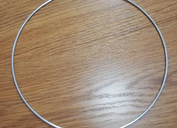 Malý kovový kruh