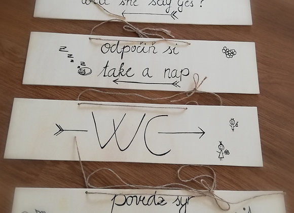 Navigační cedule na svatbu