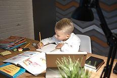 Writing Workshop_Pexels-tima-miroshniche