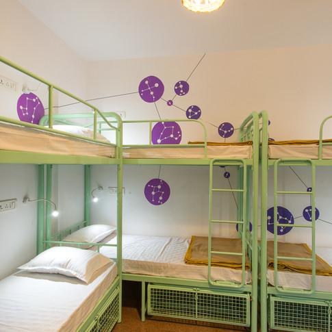 9 Bed Mixed Dorm - 2.jpg
