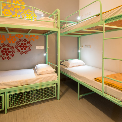 6 Bed Mixed Dorm - 3.jpg