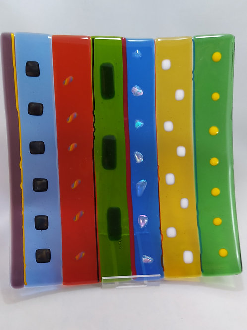 Multi colour fused glass plate with detail