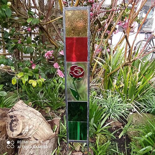 Single rose garden panel