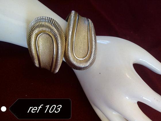 Bracelet signé Trifari