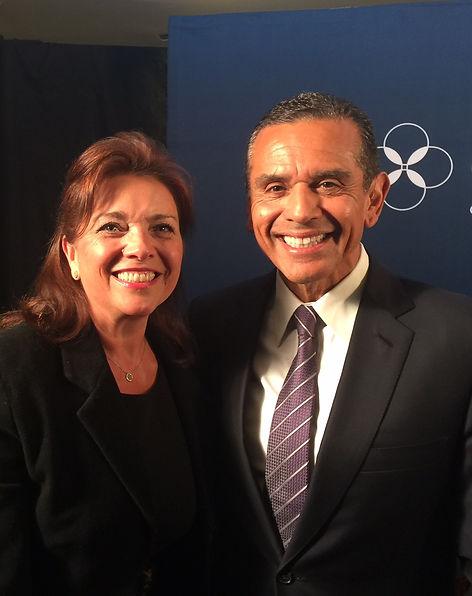 Carol Ann Wentworth with Antonio Villagarosa former LA Mayor at Climate One meeting