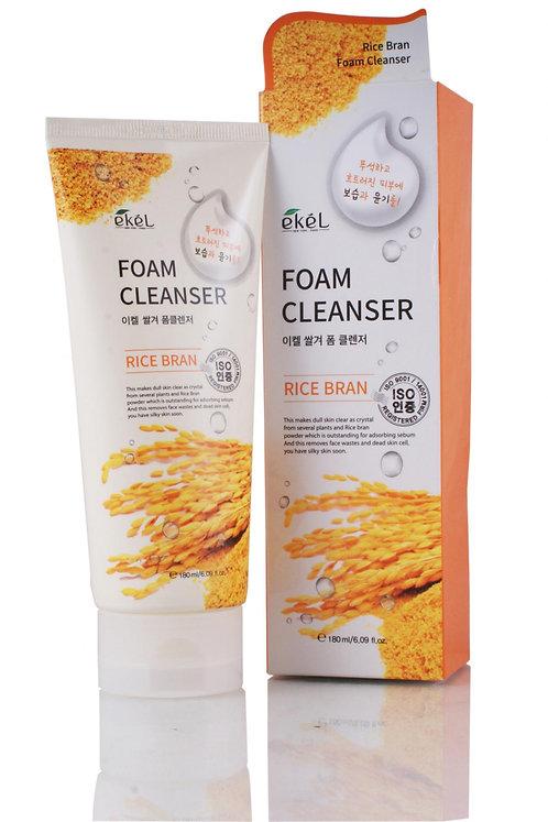 EKEL Пенка для умывания с экстрактом коричневого риса Rice Bran Foam Cleanser