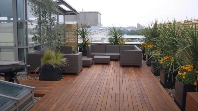 deck chadstone.jpg