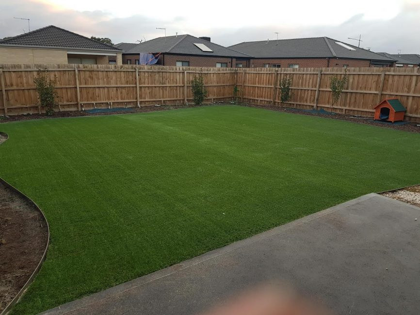 45mm synthetic grass installationg.jpg