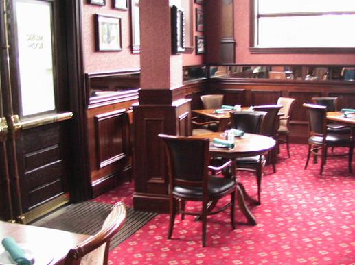 Irish Pub 2.jpg