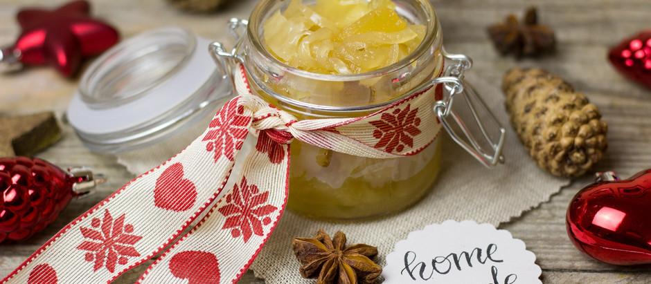 Fruchtig pikantes Chutney aus Mispeln und frischem Thymian (optional mit Kürbis)