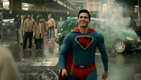Mira la secuencia de apertura de la Edad de Oro de Superman y Lois