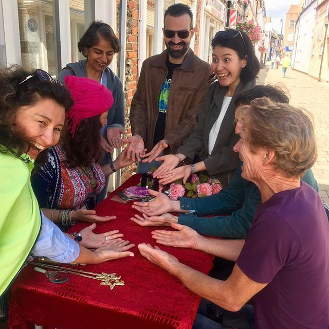 Psychic Palmistry: How Does She Do It?