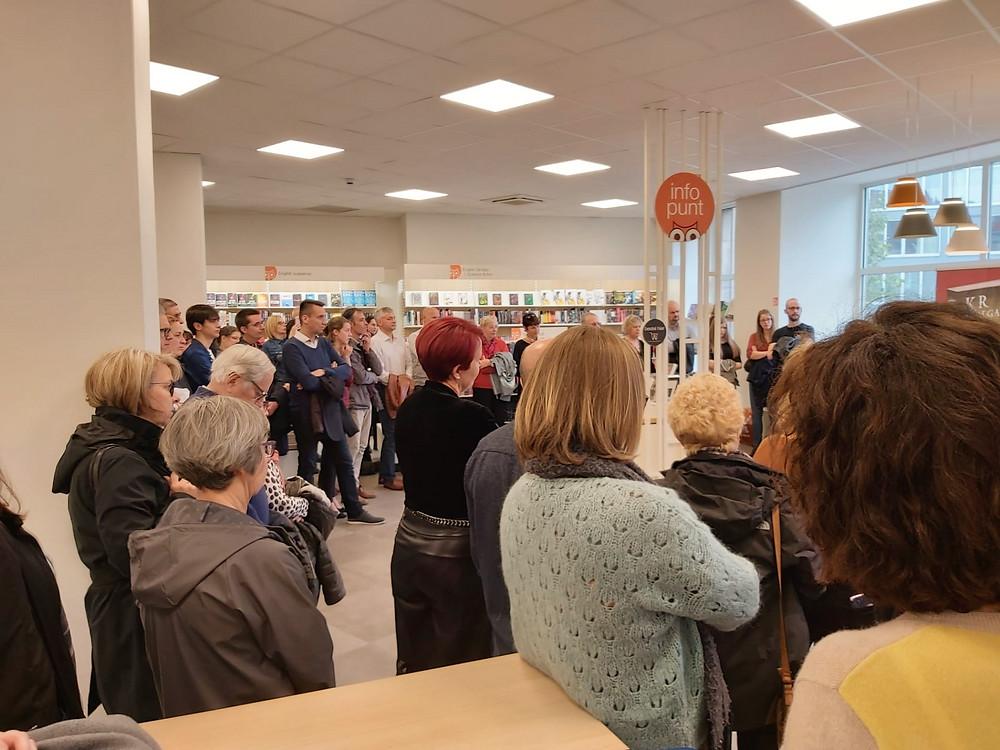 Full house tijdens de boekvoorstelling van Engelenlust.