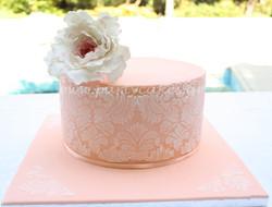 peony+cake+1+copy.jpg