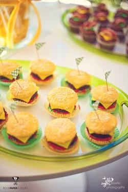 dessert+table+bbq.jpg