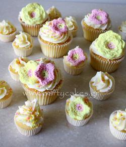 Crochet Cupcakes 1.jpg