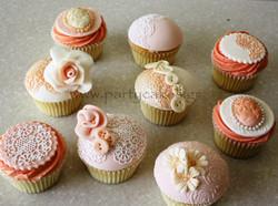 vintage cupcakes 1.jpg