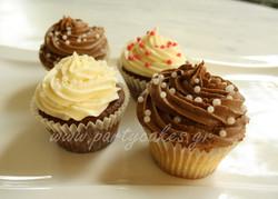 cupcake+pearls+copy.jpg