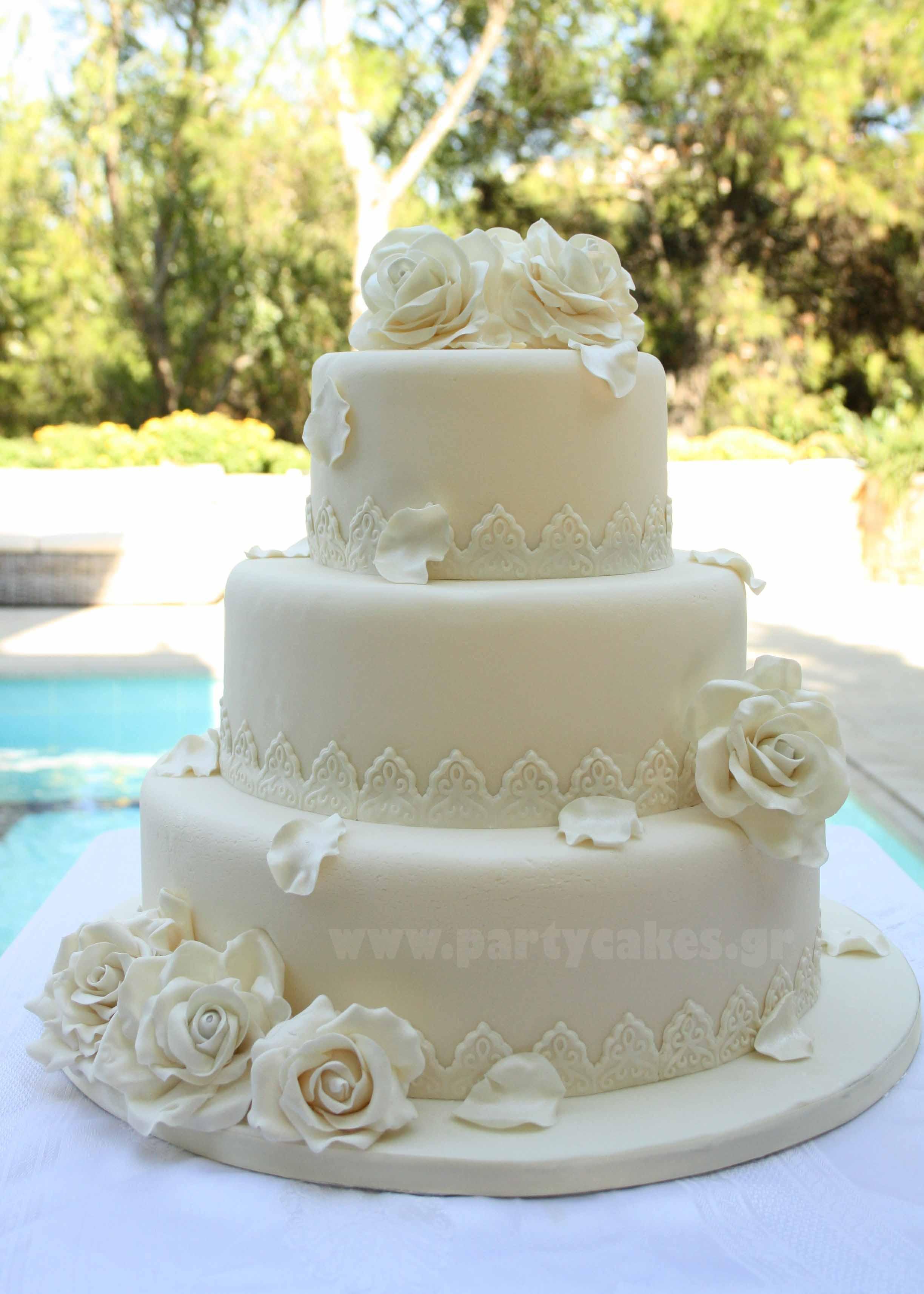 Wedding+cake+roses+1+copy.jpg