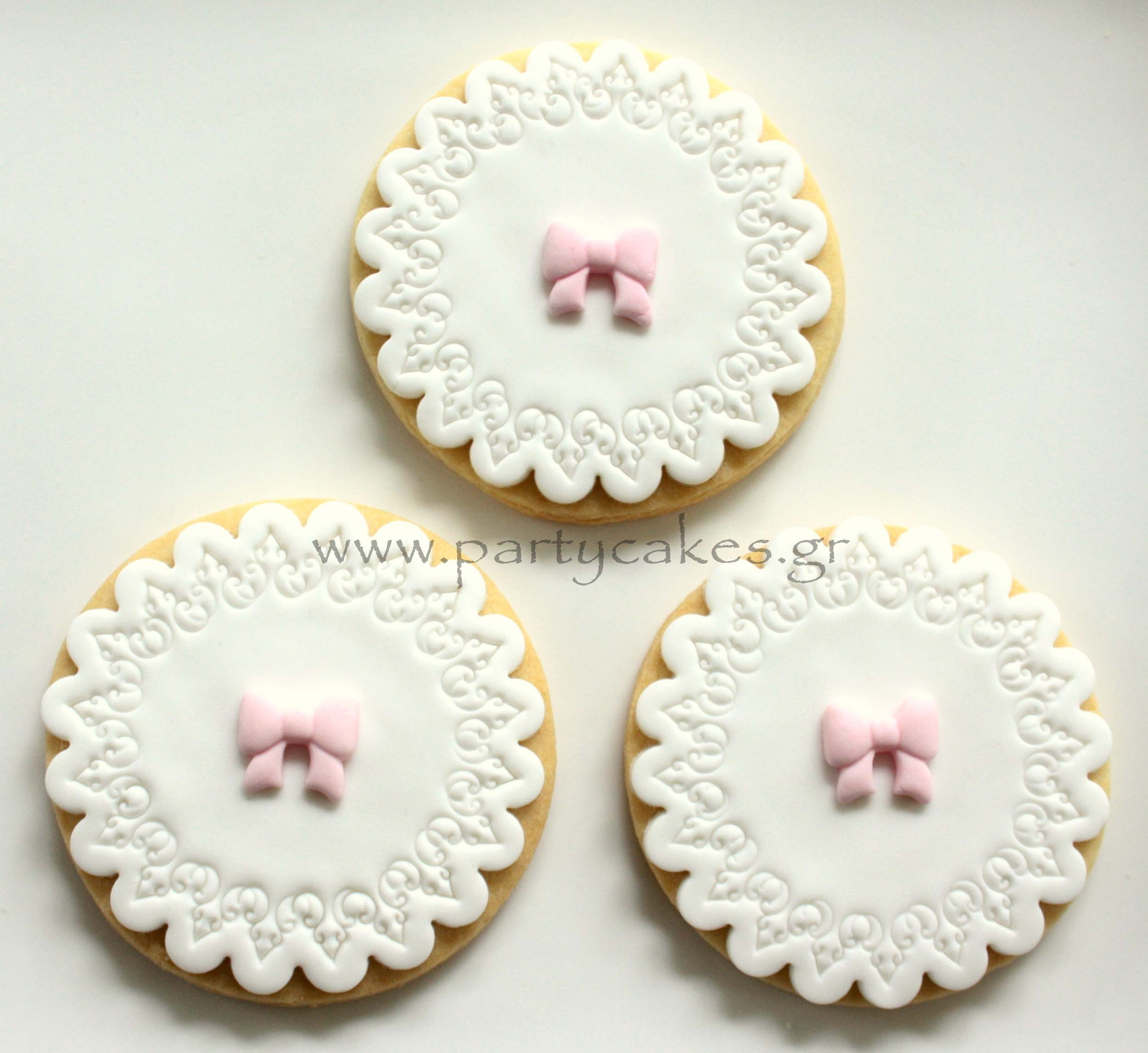 Doily Cookies 2.jpg
