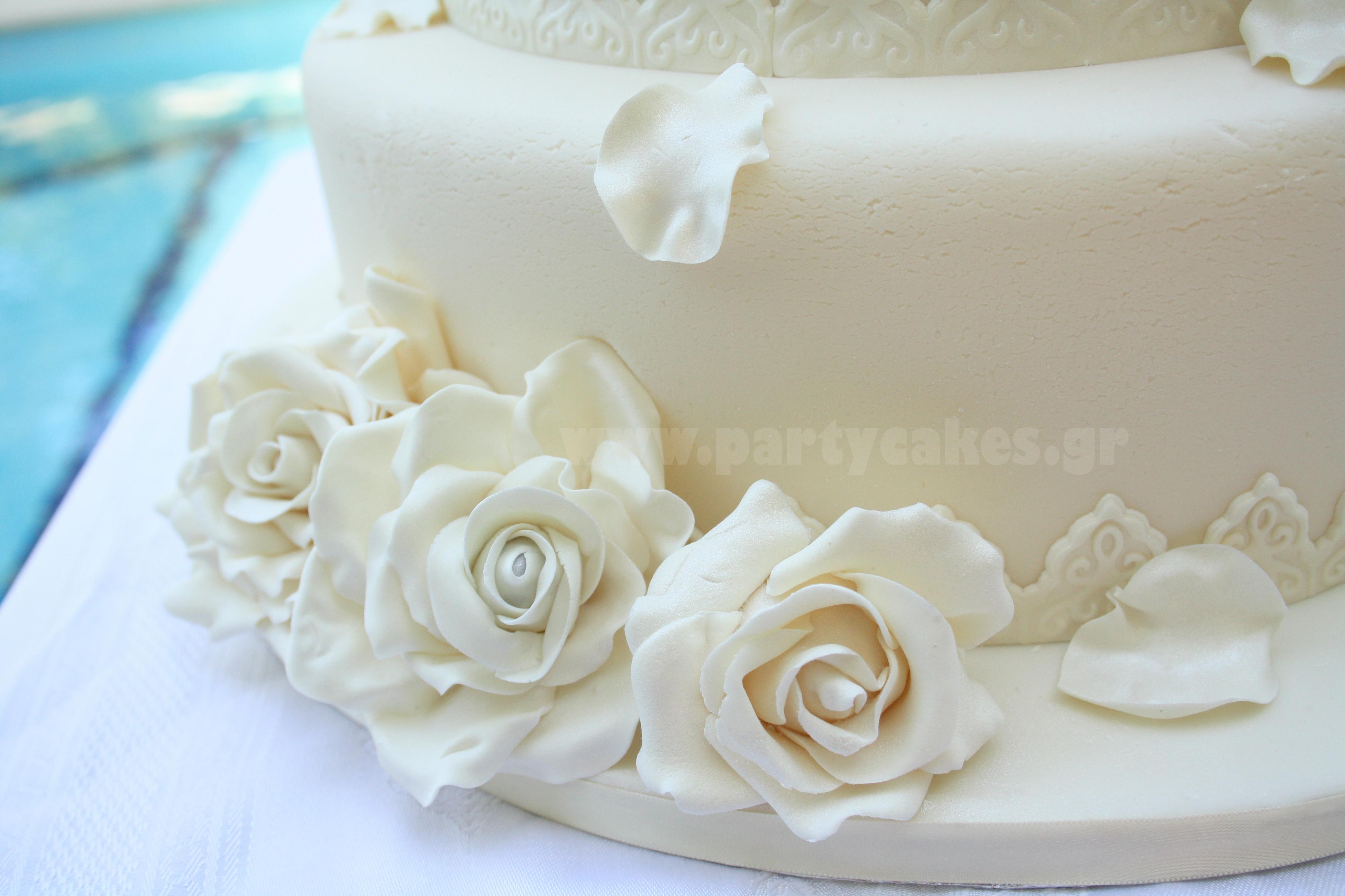 Wedding+cake+roses+3+copy.jpg