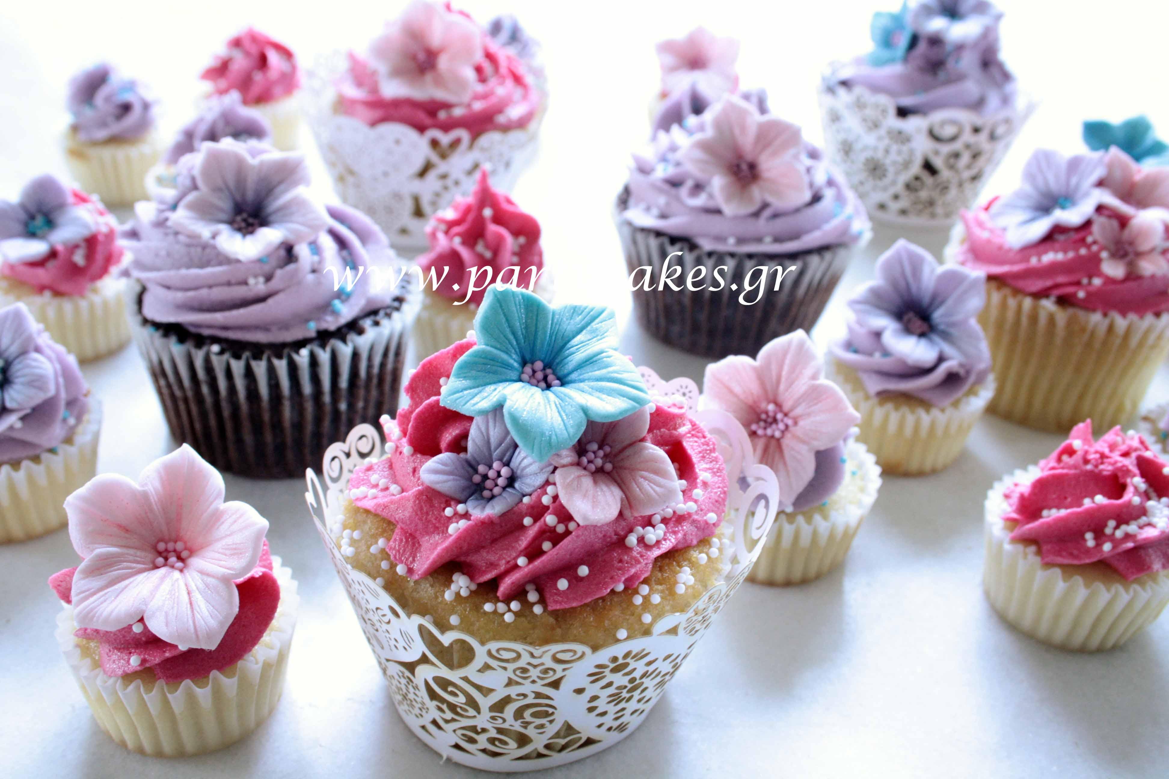 Flowery+Cupcakes+4+copy.jpg